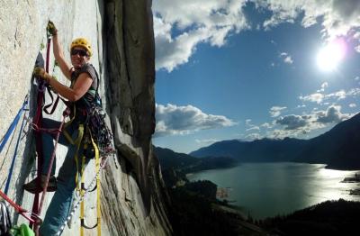 Squamish aid climbing big walls in Canada