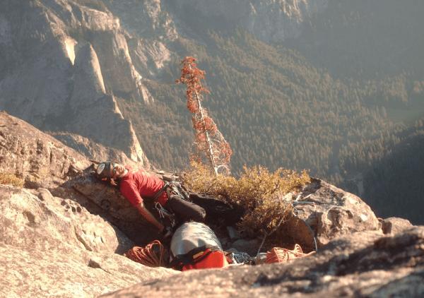Solo el cap aid climbing