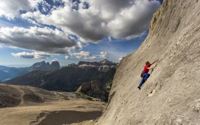 easy sport climbing